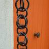 Tatsumi est une gouttière décorative en cuivre originaire du Japon.