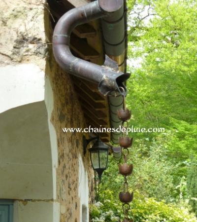 Chainesdepluie_kusaridoi_jardinspetitbordeaux_P