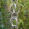 Chaine Inox est une gouttière décorative en inox originaire du Japon