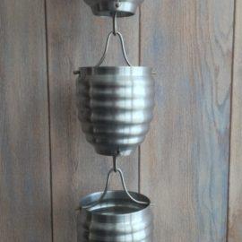 Hokkaido Alu est une gouttière décorative en aluminium originale.