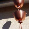 Zen est une gouttière décorative en cuivre originale.